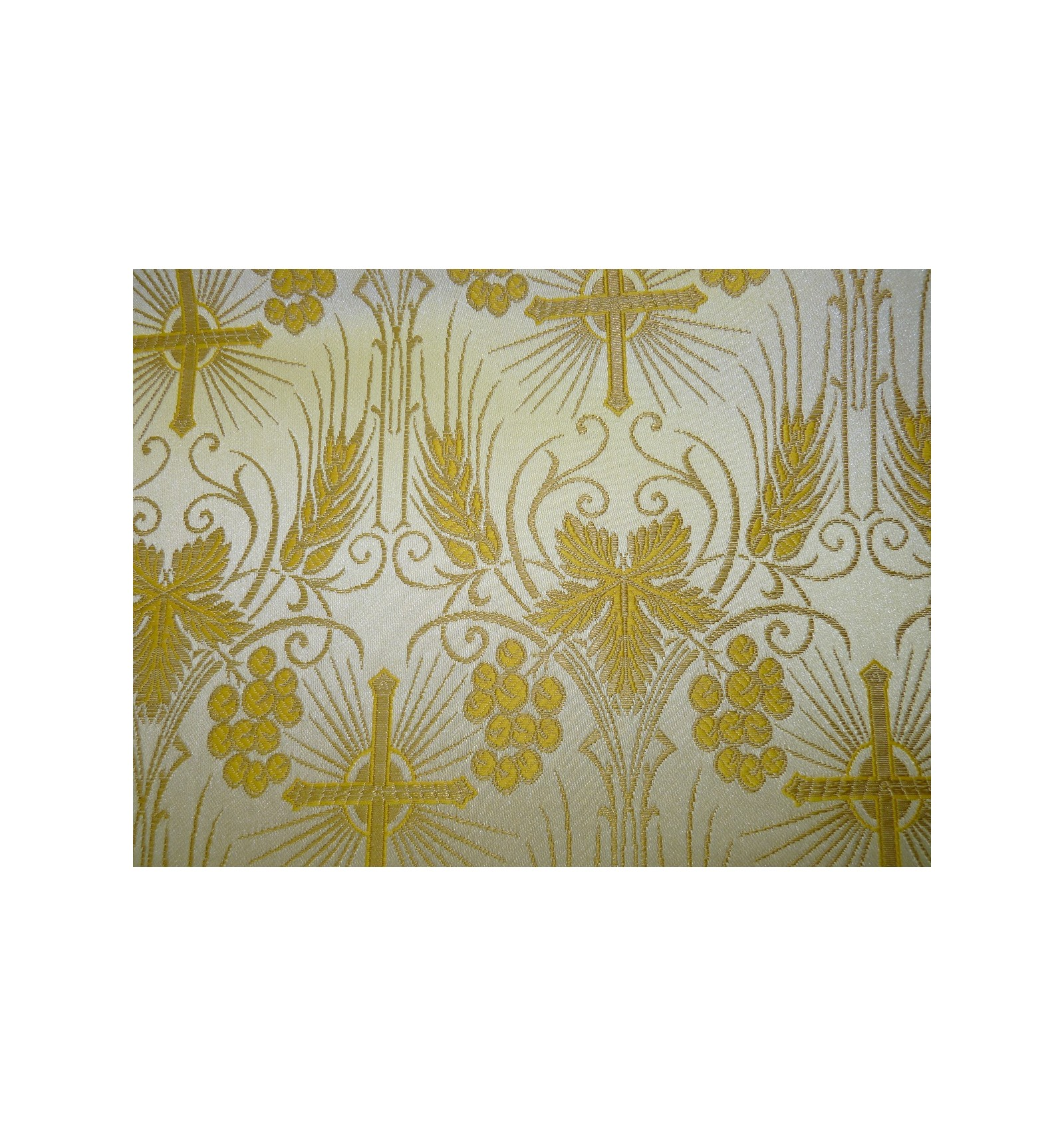tissu damass baldam303 inter nos chasuble. Black Bedroom Furniture Sets. Home Design Ideas